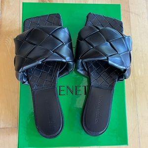 Bottega Veneta - Lido sandal - size 37.5